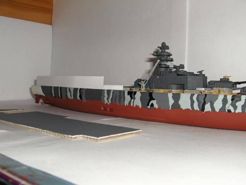 Conversion Tirpitz 1/570 en porte-hélico fictif - Page 2 Hpim0620