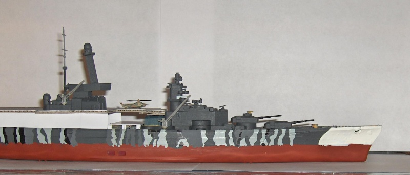 Conversion Tirpitz 1/570 en porte-hélico fictif - Page 2 Hpim0625