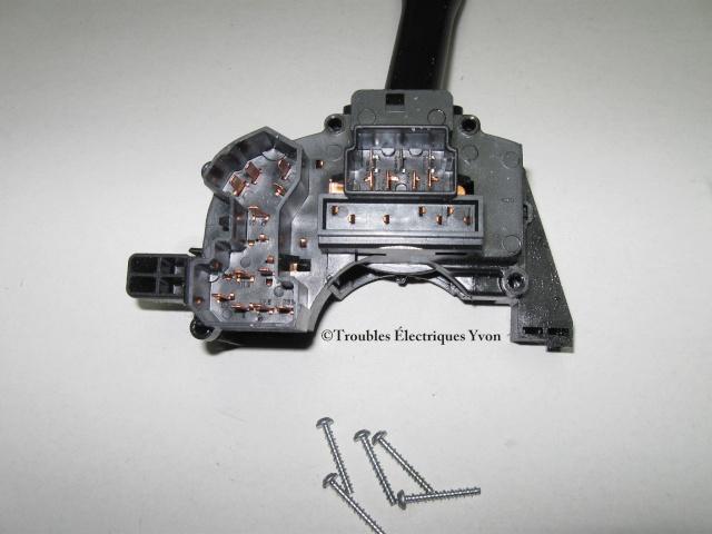 Interrupteur de clignotant en photos Crown_11
