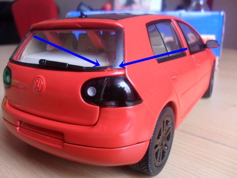 Bburago VW Golf 5 Sam_1110