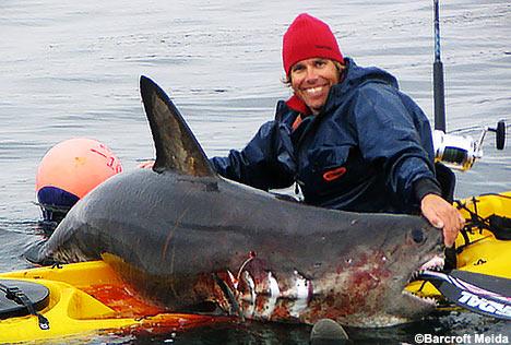 Kayaker Asks For Jetski Help @ Crusoe! Sharkh10
