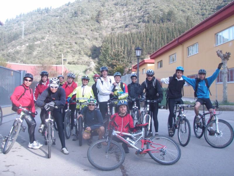 Bajo los Picos (31-3-10) P3310010