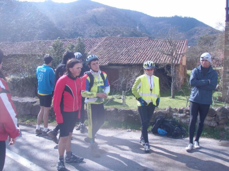 Bajo los Picos (31-3-10) P3310026