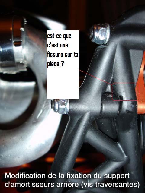 casse Support de tour d'amortisseurs arrière Dsc02910
