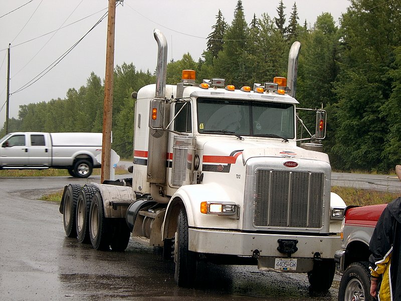 Canadian Trucking 07051010