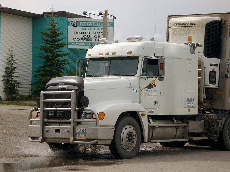 Canadian Trucking 07131410