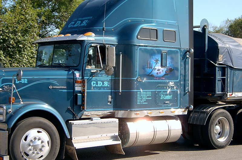 Canadian Trucking 20030912