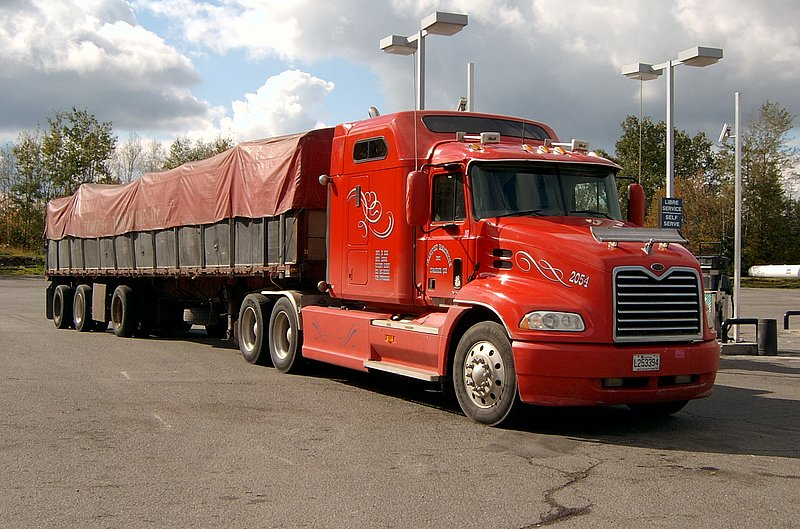 Canadian Trucking 20031012