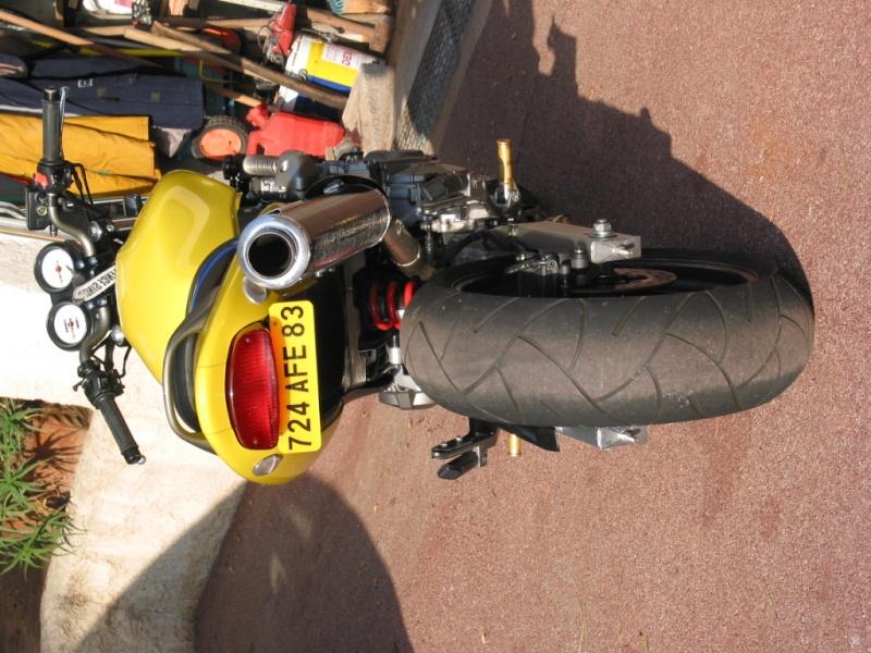 Y'a t'il des motards sur ce forum ? Roc_2011