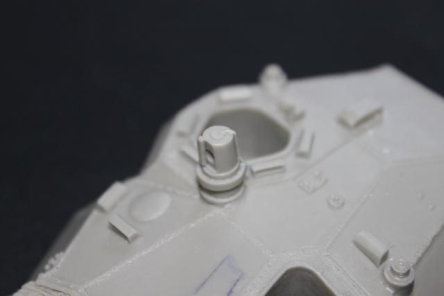 AMX 10RC [AZIMUT 1/35] Kit_am19