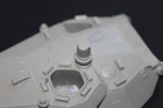 AMX 10RC [AZIMUT 1/35] Kit_am20