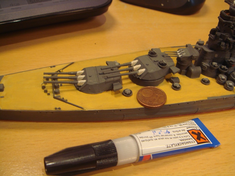 Yamato Tamiya + kit lion roar + pont en bois au 1/700 par Denis Dsc07910