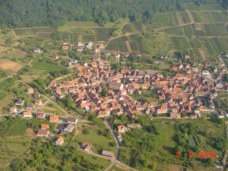 Wangen:photos aériennes de 2003 Aari_610