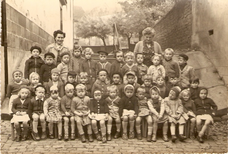 Photo de classe des enfants de Wangen nés en 1950,1951 et 1952 Photo_10