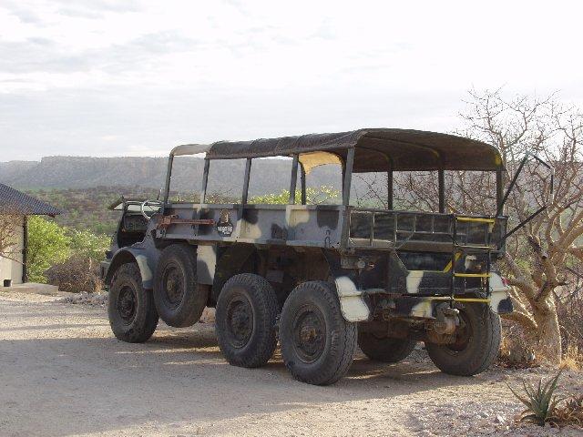 le 406 ou 416 à 6 roues 404_3_10