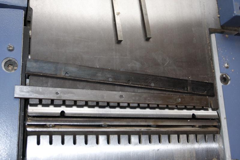 Premier changement de fers sur Holztech FS320 09_jan10