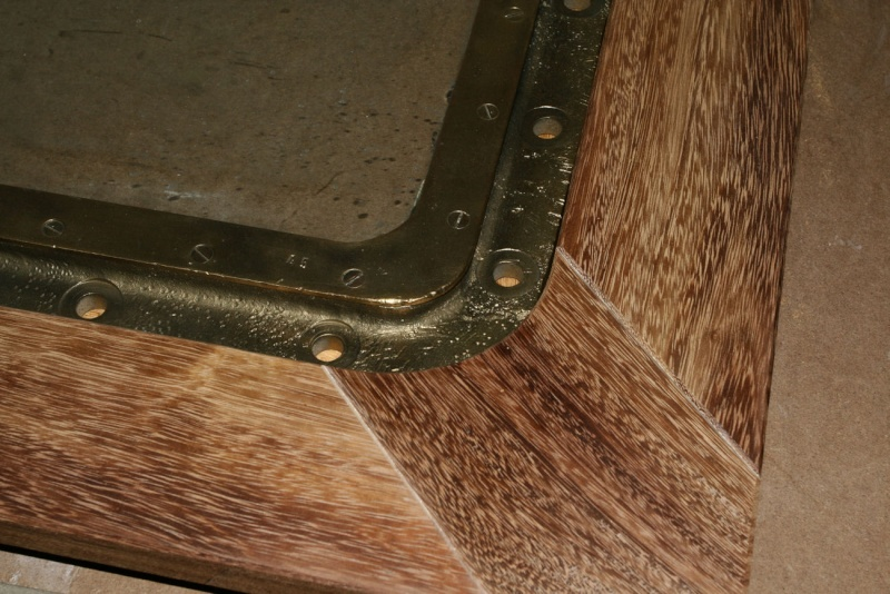 """Une table basse """"sabord"""" 12_faf15"""