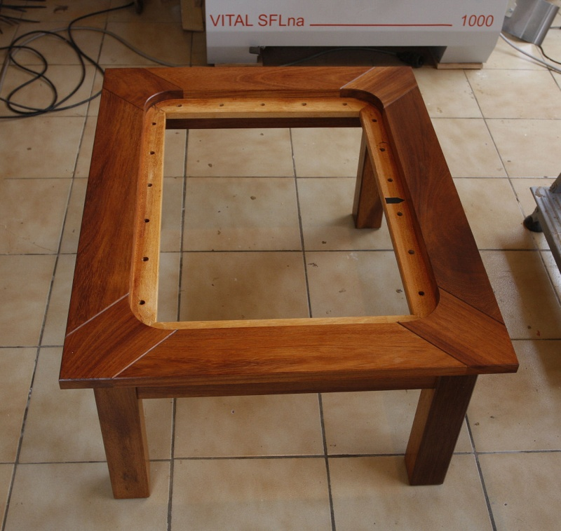 """Une table basse """"sabord"""" 14_faf11"""