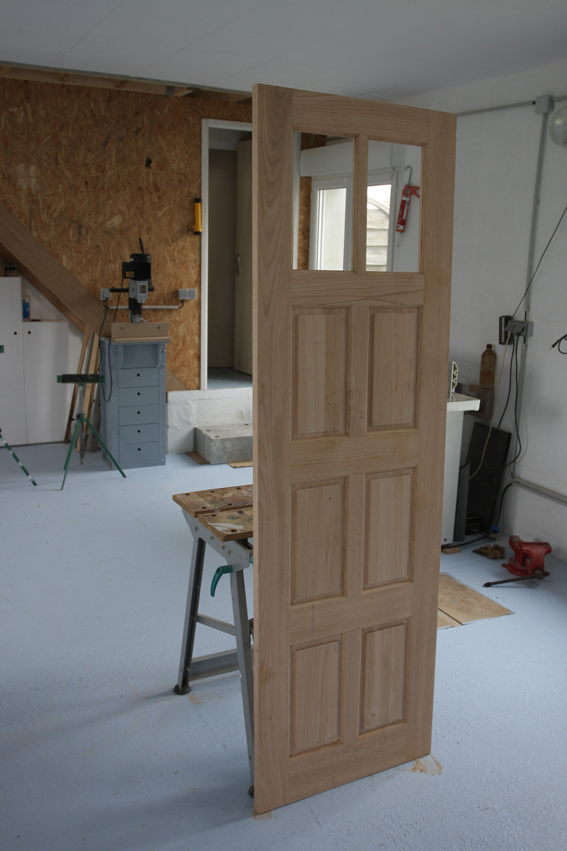Restauration d'une porte de garage. - Page 2 26_mar14