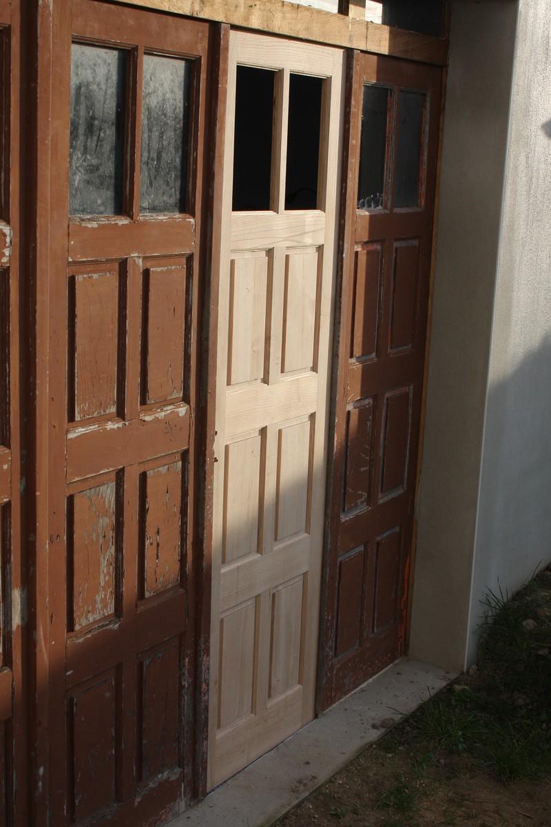 Restauration d'une porte de garage. - Page 2 26_mar23