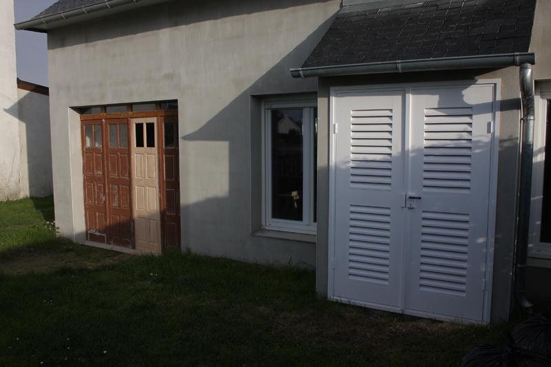 Restauration d'une porte de garage. - Page 2 26_mar24