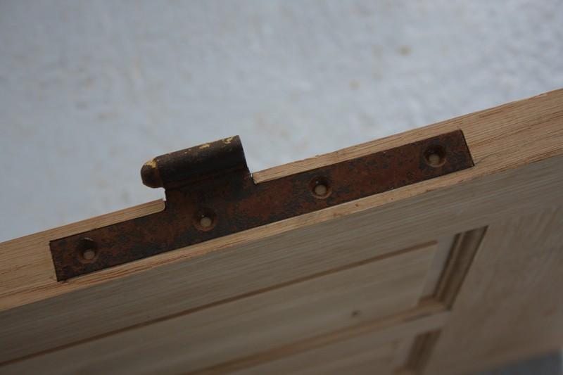 Restauration d'une porte de garage. - Page 2 26_mar25