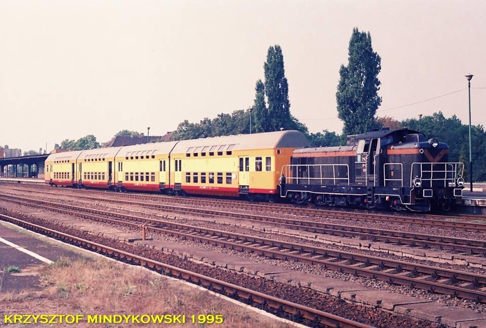 Chemin de fer Polonais HO - Page 10 47681010