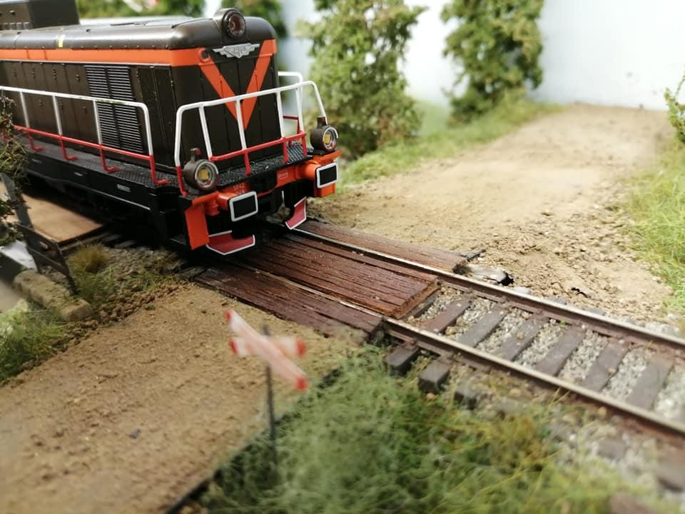 Chemin de fer Polonais HO - Page 17 67407410