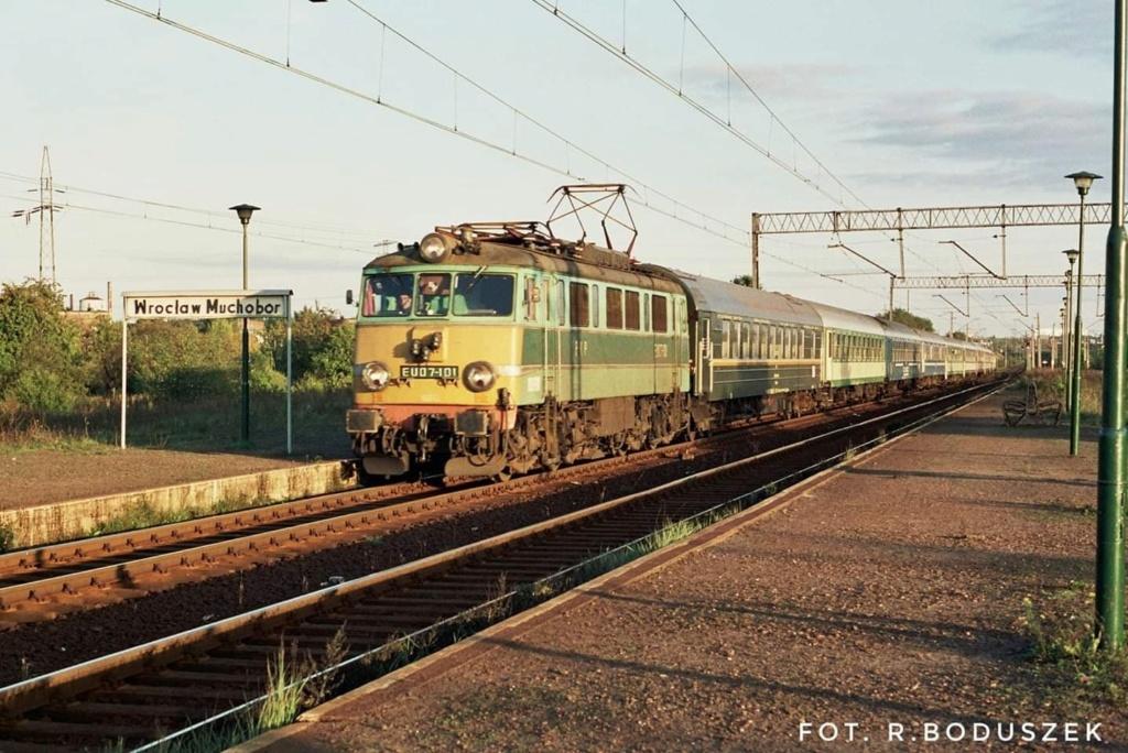Chemin de fer Polonais HO - Page 17 68682410