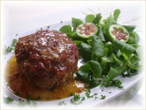 Pain de viande sauce tomates Pict0114