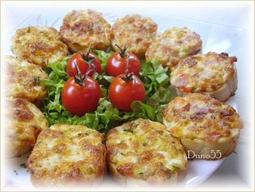 Toasts au jambon et aux piments + Poufs Pict0143
