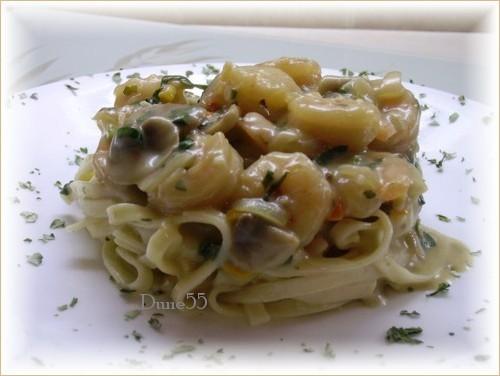 Fettucini avec une sauce légumes et crevettes Pict8512