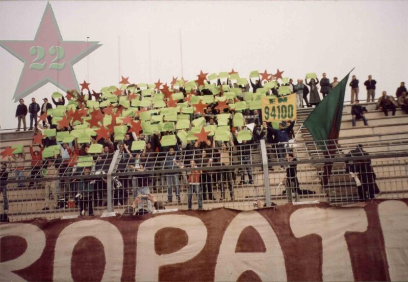 Stagione Ultras 2003/2004 - Pagina 2 177