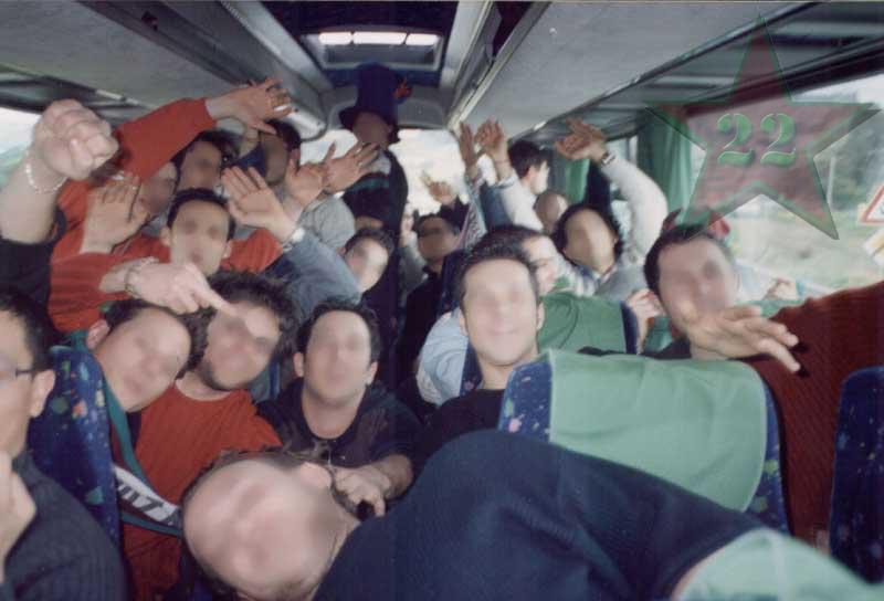Stagione Ultras 2002/2003 - Pagina 2 Cn22_112
