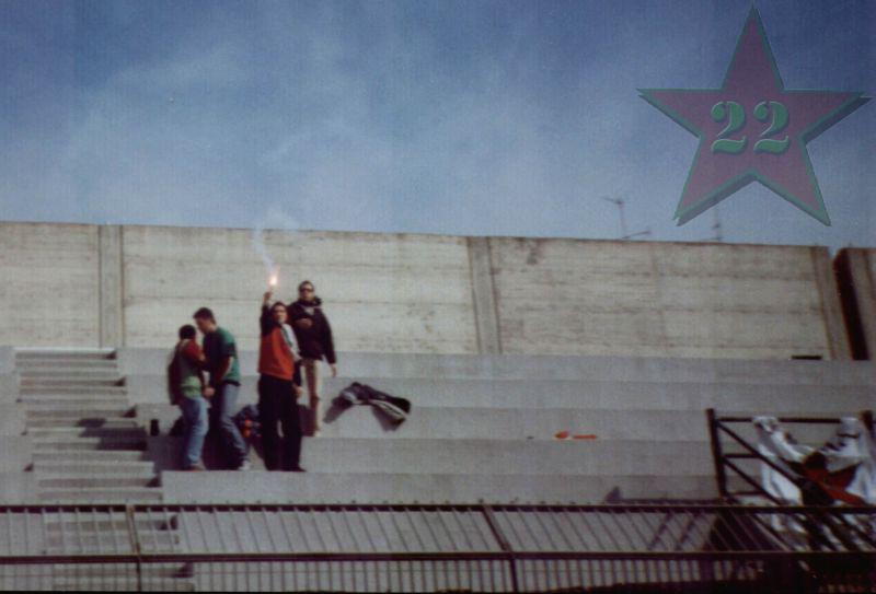 Stagione Ultras 2002/2003 - Pagina 2 Cn22_113