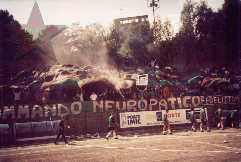 Stagione Ultras 2002/2003 Cn22_211