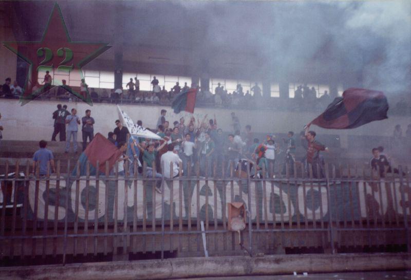 Stagione Ultras 2002/2003 - Pagina 2 Cn22_217