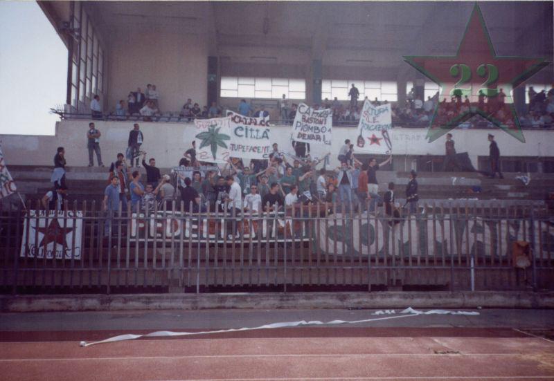 Stagione Ultras 2002/2003 - Pagina 2 Cn22_316