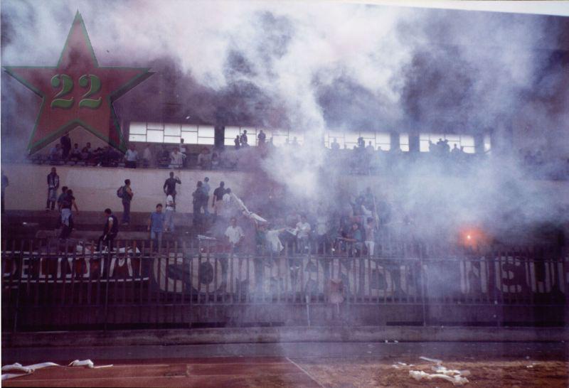 Stagione Ultras 2002/2003 - Pagina 2 Cn22_413