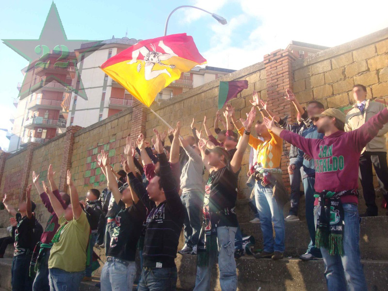 Stagione Ultras 2009-2010 Cnsc_353