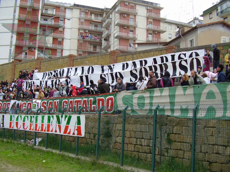 Stagione Ultras 2008/2009 - Pagina 5 Cnsc_541