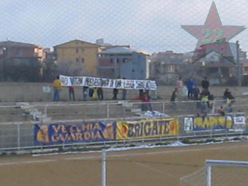 Stagione Ultras 2005/06 - Pagina 2 Cnsc_911