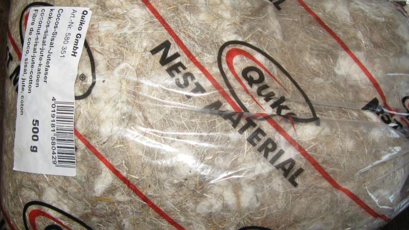 matériels pour construire le nid des chardonnerets  Img_0813