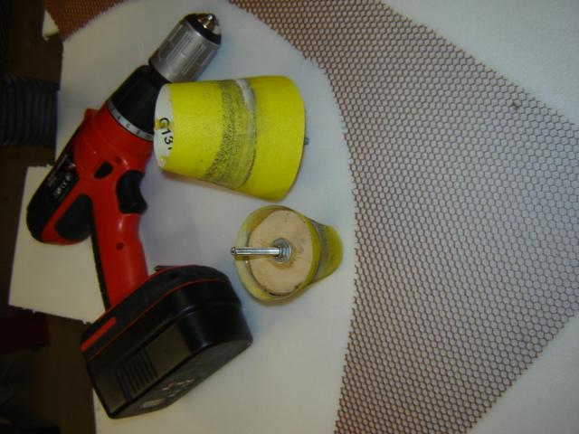 Bac de coffre et tableau de bord pour les VLA à cloison arrière verticale Dsc02610
