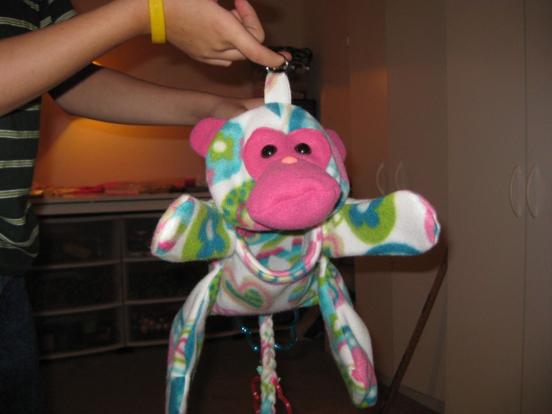 Mork the monkey pouch 00112