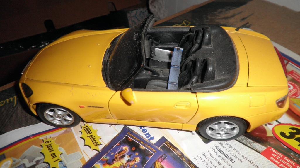 collectionneur de voitures miniatures 03110