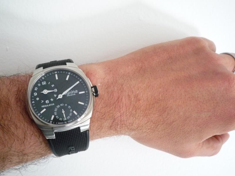 la taille  de vos poignets et celui de vos montres - Page 3 P1020217