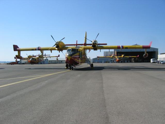 Canadair Tracke12