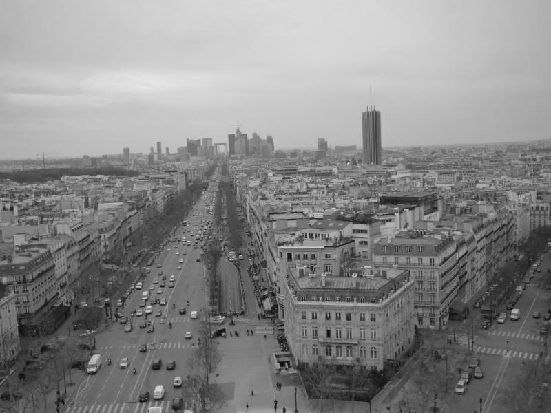 Paris en couleurs , Paris en noir et blanc ! P1030210