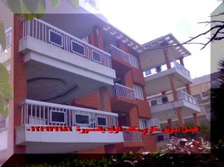 * ( اضغط هنا ) شقق اربع غرف علي شارع يوسف السباعي الرئيسي قبل البحر ويري البحر